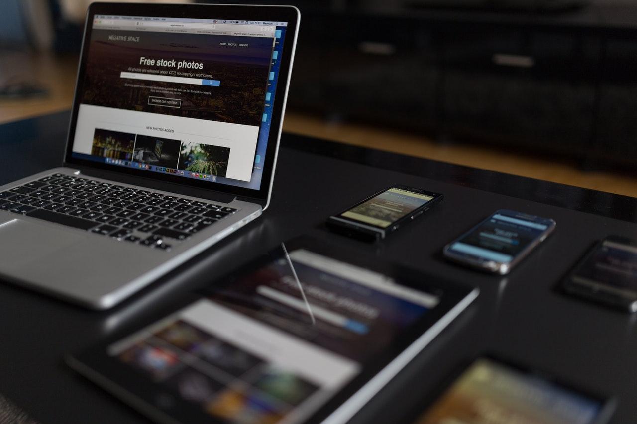 ¿Cómo adaptar tu negocio al entorno digital?