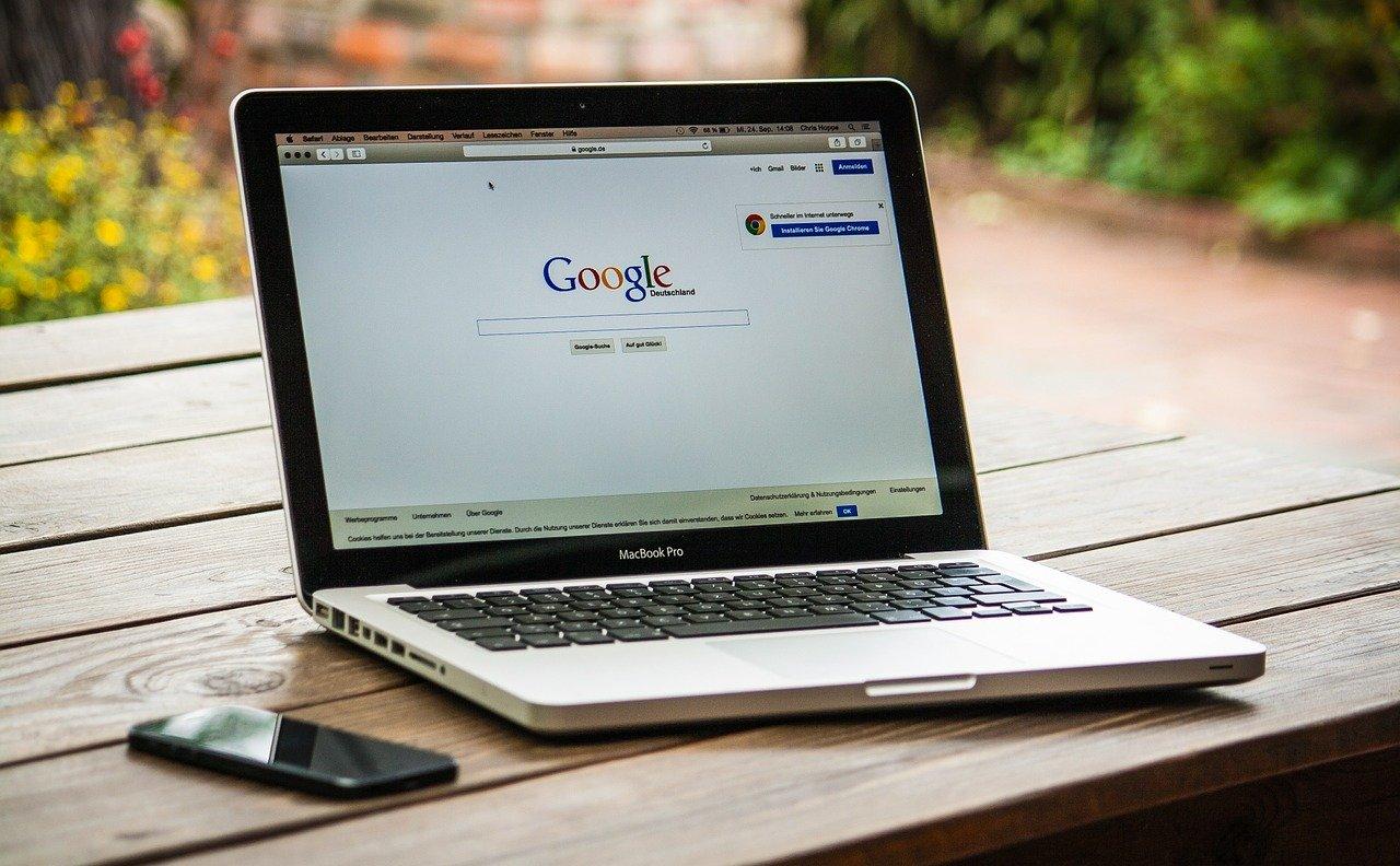 ¿Por qué se bajan «puestos» en Google?